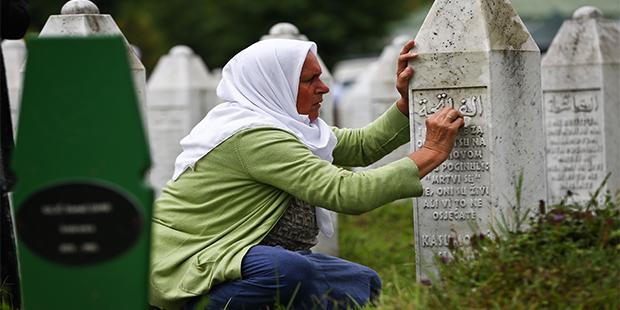 Bir Utanç Vesikası: Srebrenitsa
